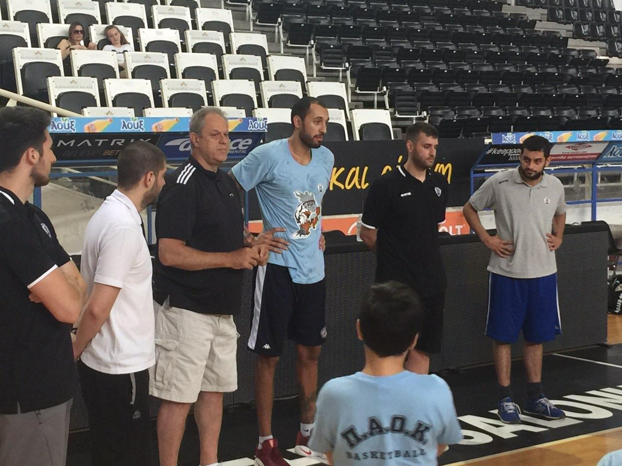 Summer_Basketball_Camp/camplin1.jpg